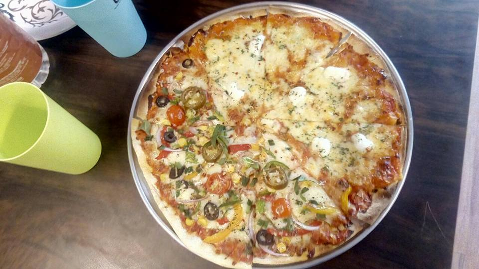 The 12'' Three Cheese Pizza at Gusto Pizzeria