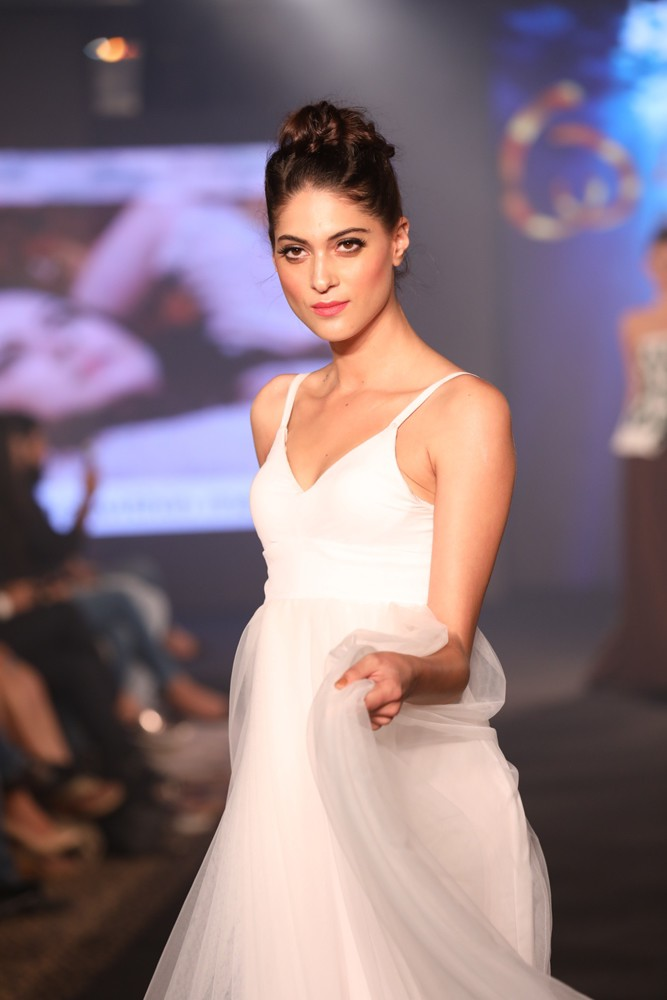 Models at Keith Jackson Show at IIFW (8)