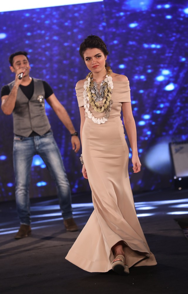 Models at Mona Shroff and Rajiv Mehta Show at IIFW (42)
